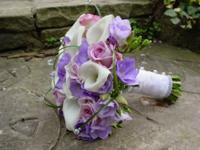 Bridal posy of white calla lilies & freesia