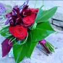 Modern bouquet of callas & roses
