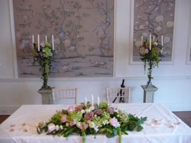 Vintage themed wedding at The George in Rye.