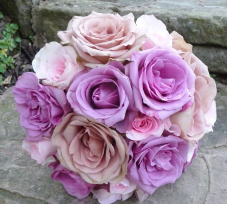 Wedding bouquet of 'Avalanche' roses.