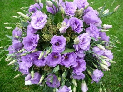 Posy of lilac eustoma (ref. 13)
